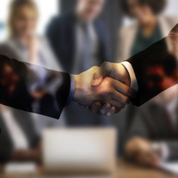 poignée de mains entente vente commerce affaires formation webinaire